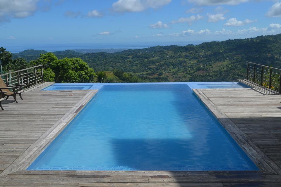 piscine beton banche prix